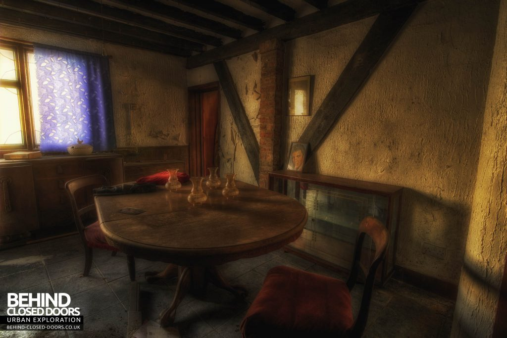 Widow's Farmhouse - Kitchen