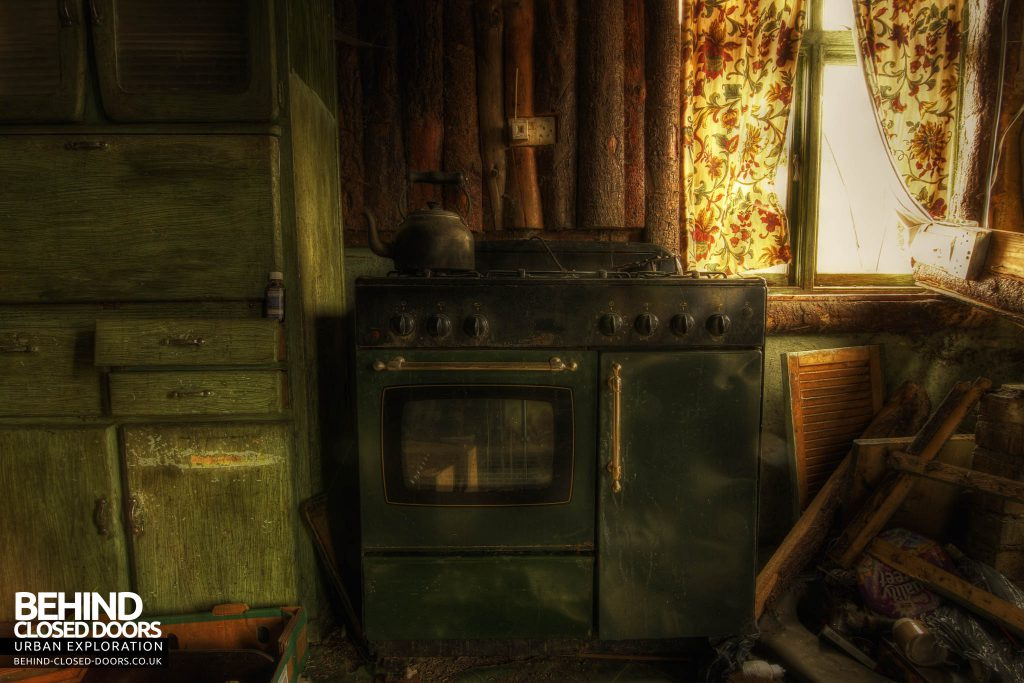 Widow's Farmhouse - The Aga