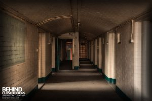 Sheffield Old Town Hall and Crown Courts - Cell corridor