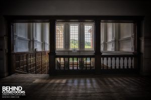 Kinmel Hall - Top of stairs