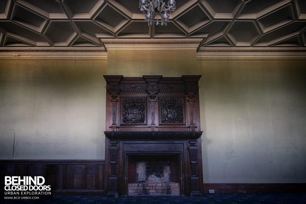 Kinmel Hall - Carvings gifted by Queen Victoria