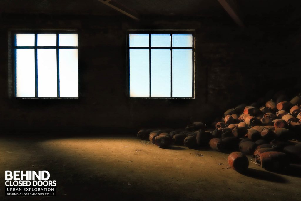 Cannon Brewery - Barrels