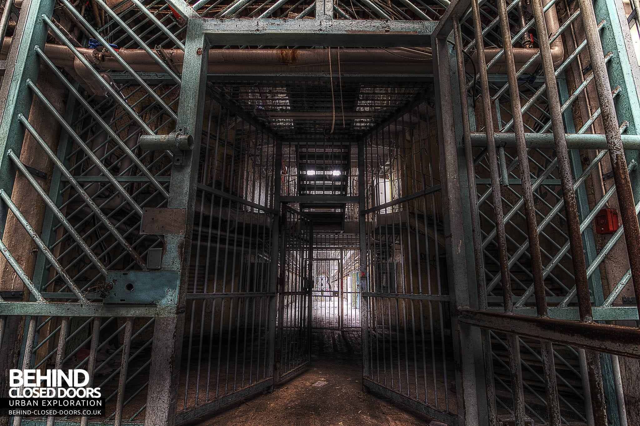 Prison H15 - Security Measures