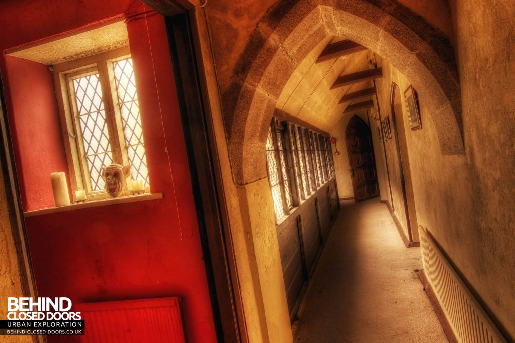 The Old Rectory - Gargoyles Corridor