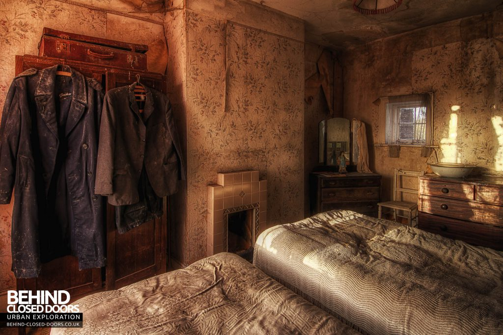 The Sewing House - Bedroom