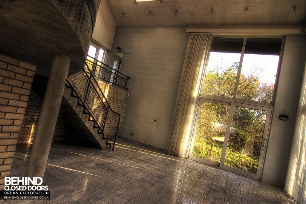 Latvian Consulate - Shiny Floor