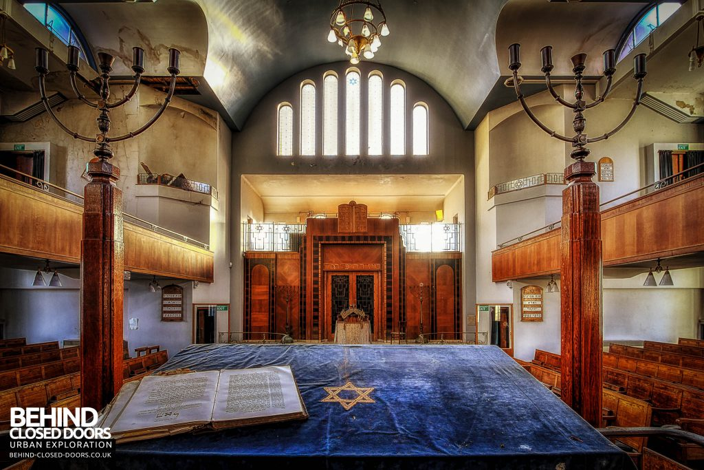 Greenbank Synagogue - Holy book