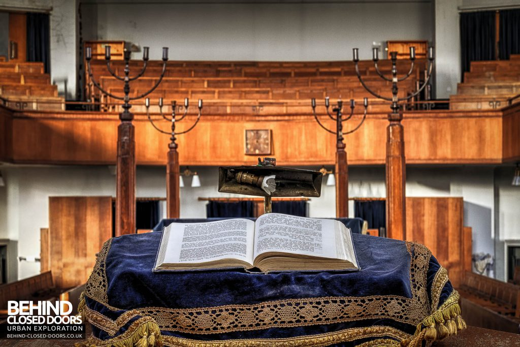 Greenbank Synagogue - Book and candle holders
