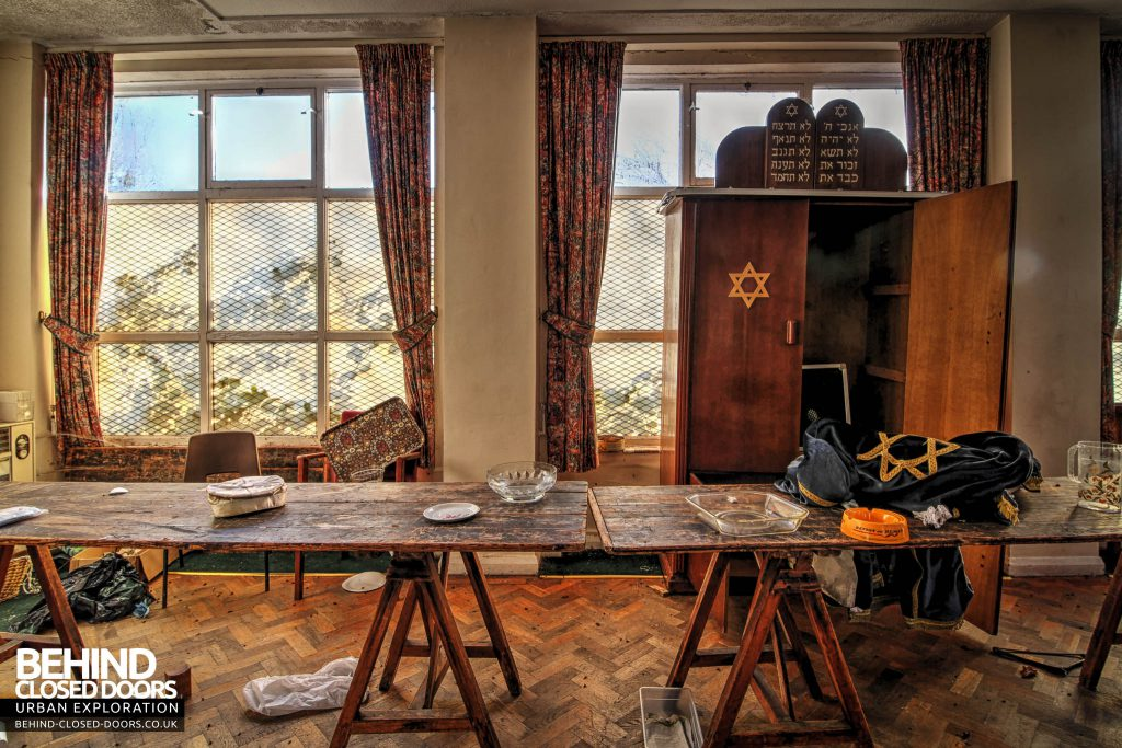 Greenbank Synagogue - Looks like they had a jumble sale before the synagogue closed