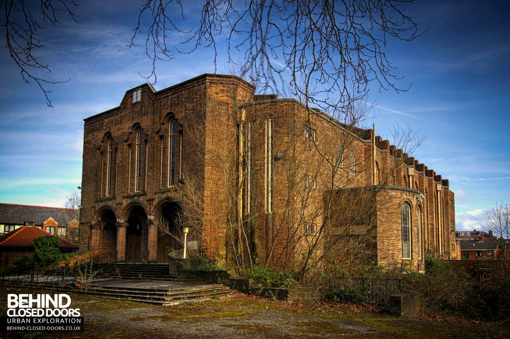 Greenbank Synagogue - External angle