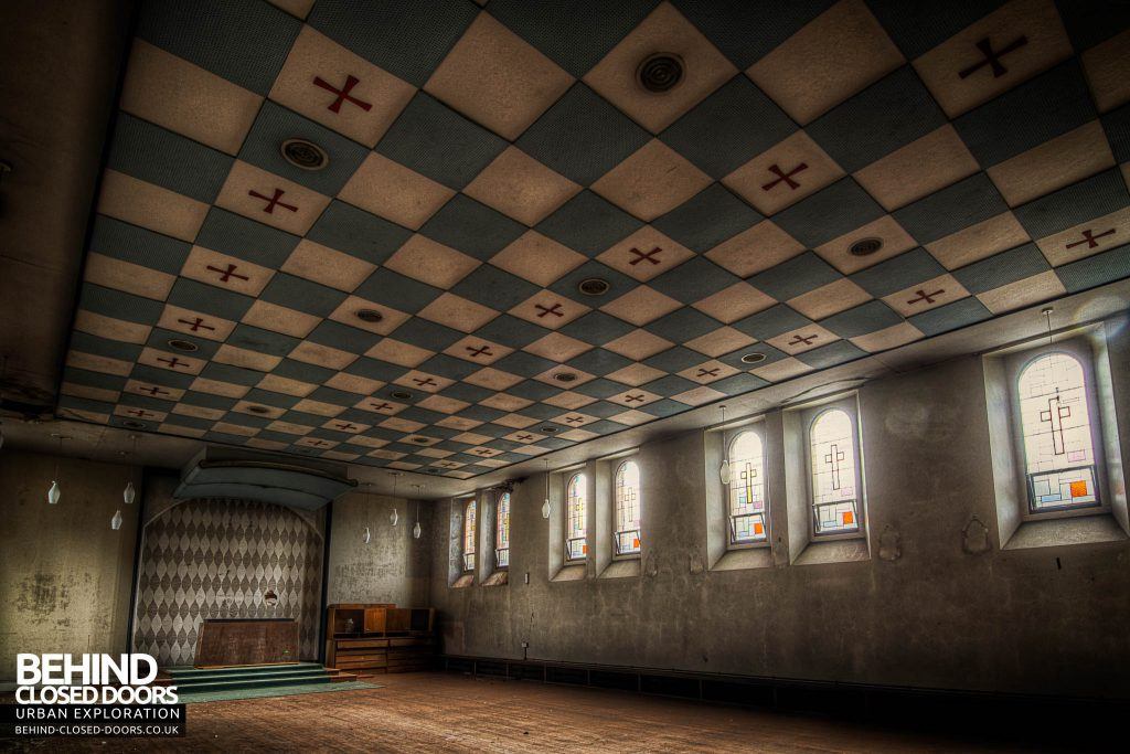 St Joseph's Seminary Upholland - Amazing ceiling in one of the chapels