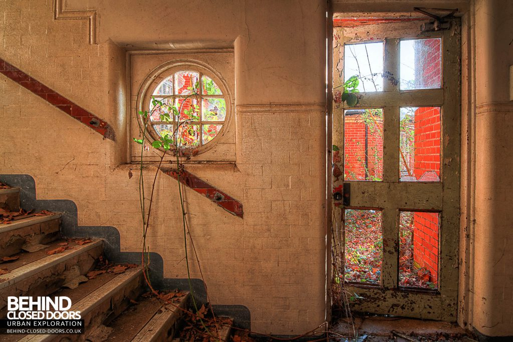 Severalls Hospital - Circle Window