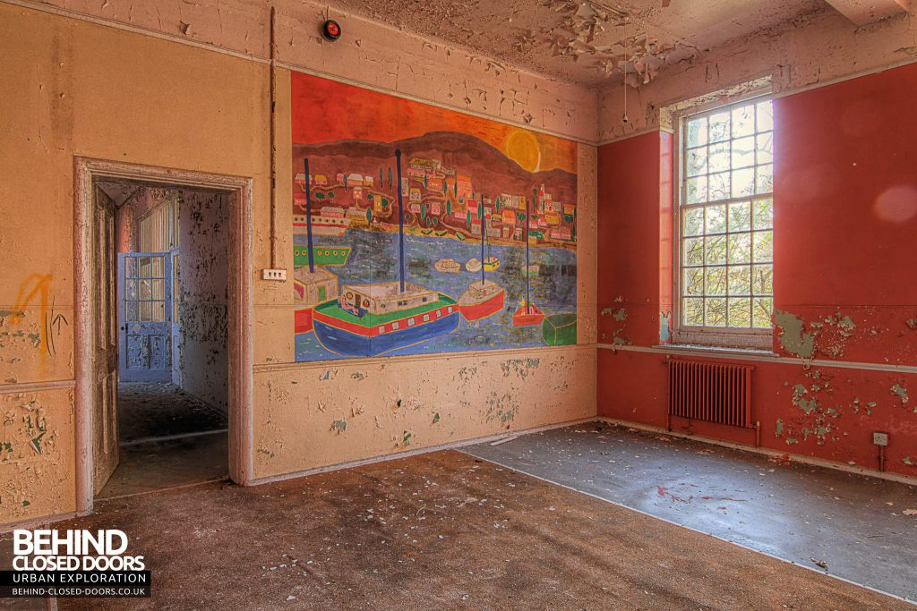 Severalls Hospital - Murial in the Red Room