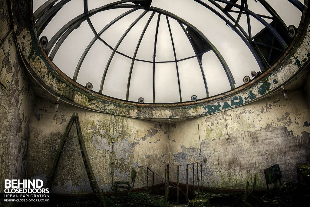 St Joseph's Seminary Upholland - The observatory has seen better days
