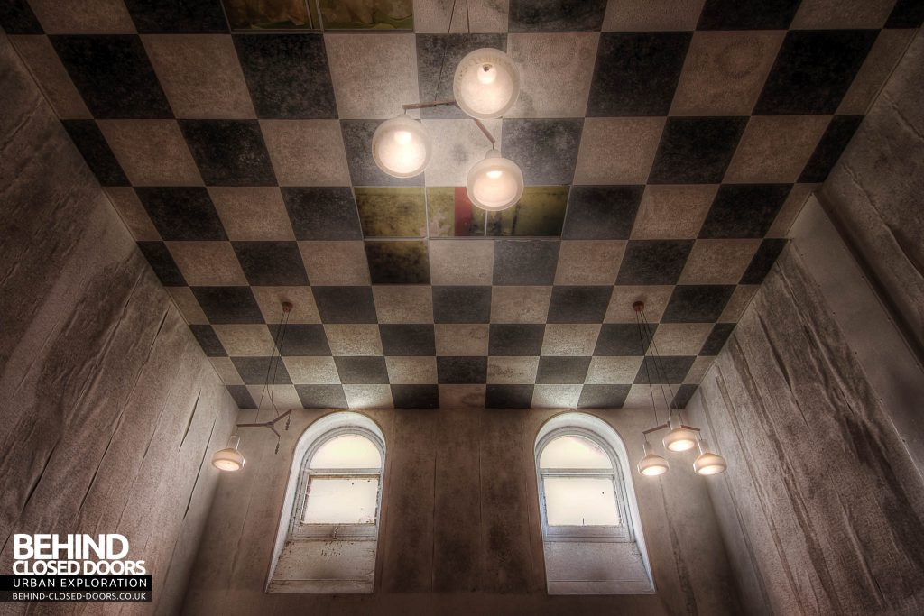 St Georges Hospital, Morpeth - Chequered Ceiling Room