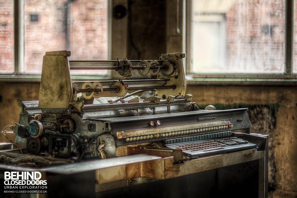 George Barnsley & Sons Cornish Works - Printing Machine