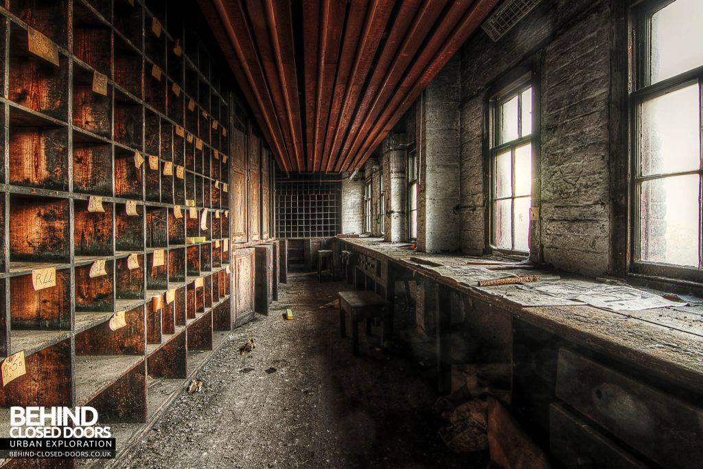 George Barnsley & Sons Cornish Works - Another Long Room