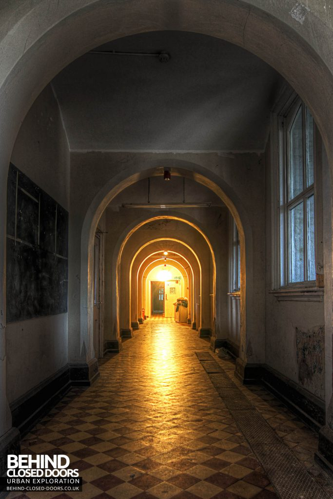 Jameah Islameah School - Light at the end of the tunnel