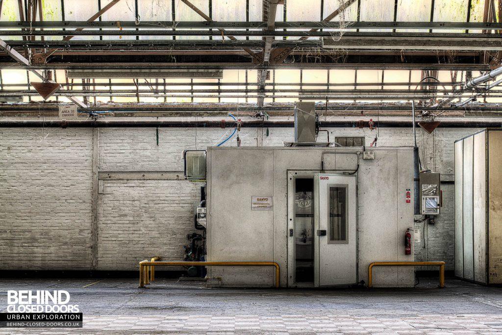 Sanyo Electronics Factory - Secret Room