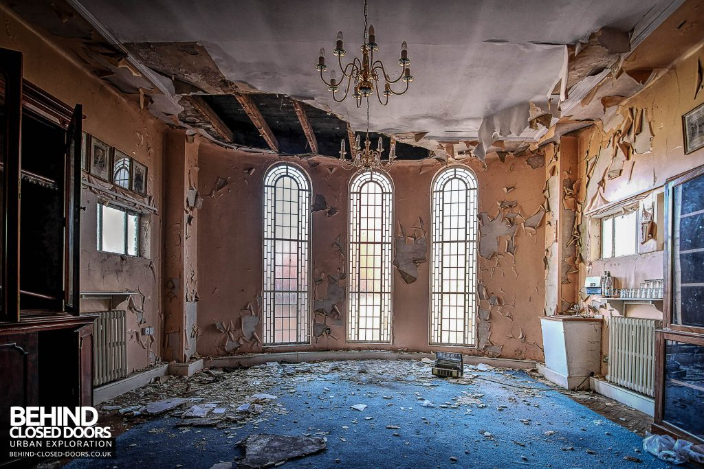 Greenbank Synagogue - A room falling into a state of decay