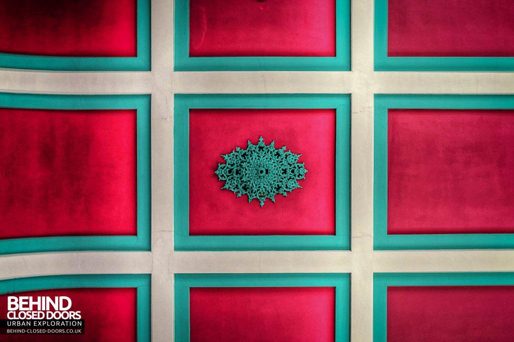 Shelton Asylum - Hall ceiling detail