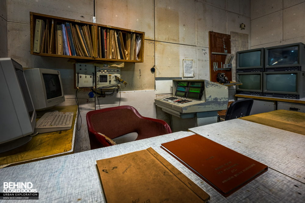 Chernobyl Power Plant - Command station with CCCP book on the desk