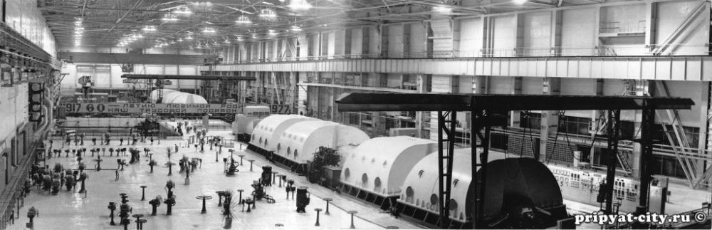 Turbines in the Machine Hall, before the accident