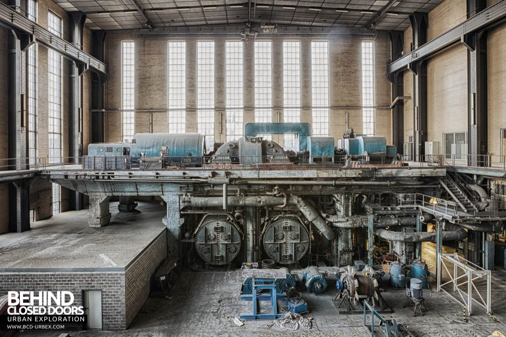 Ruien Power Plant - End of turbine hall