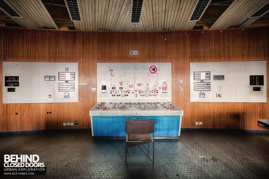 Ruien Power Plant - Control room