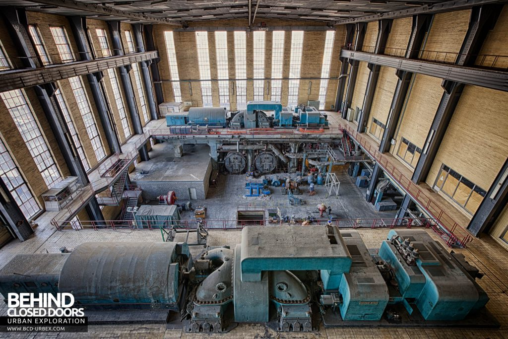 Ruien Power Plant - Turbine hall overview looking the other way