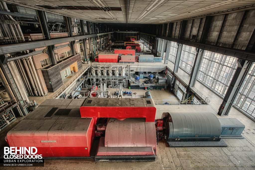 Ruien Power Plant - Turbine hall overview - It's huge!