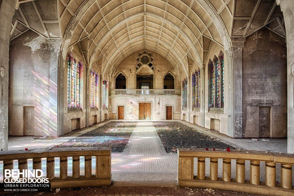 Pensionnat Catholique - Chapel