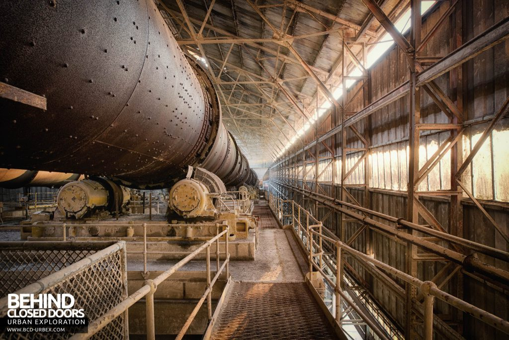 Shoreham Cement Works - View down side of rotary kiln