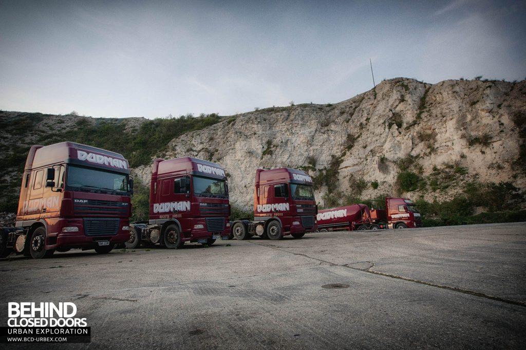 Shoreham Cement Works - Trucks lines up outside