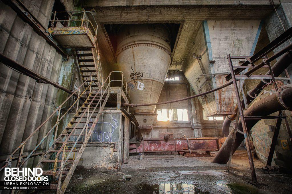 Shoreham Cement Works - Silos inside main building