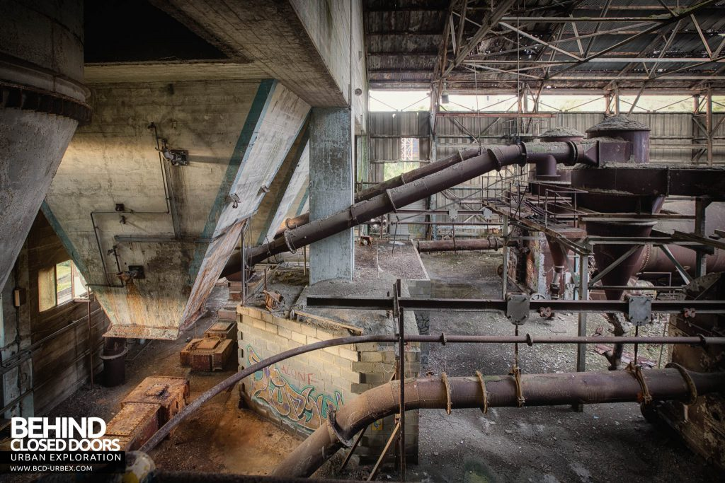 Shoreham Cement Works - Machinery