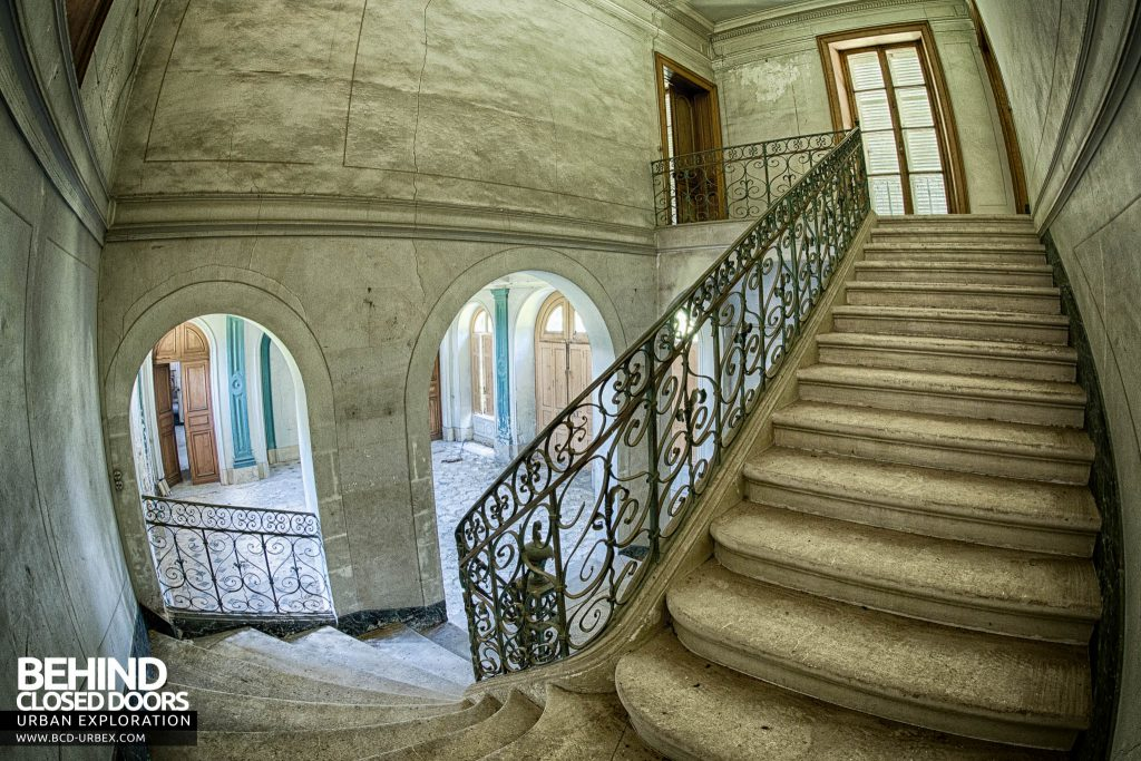 Château-du Cavalier - The main staircase