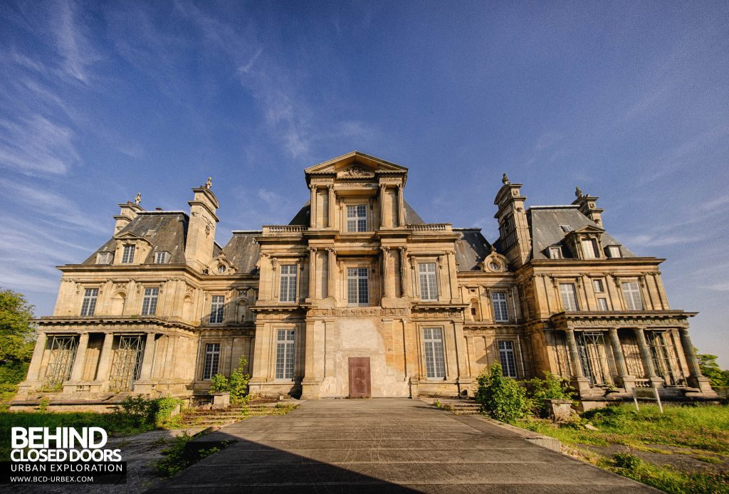 Chateau de Carnelle - Rear elevation