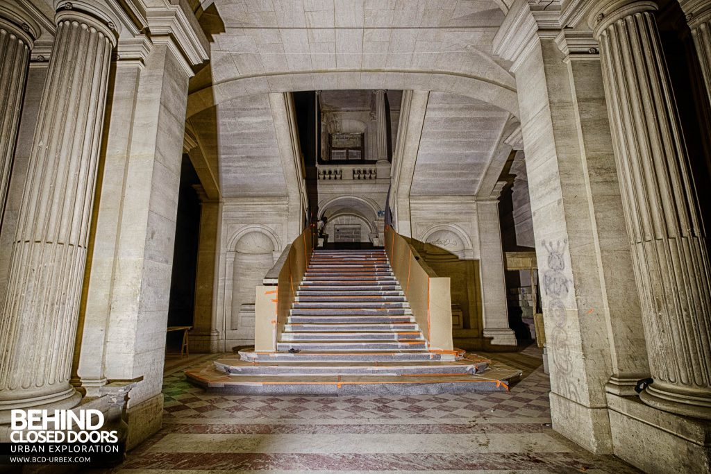 Chateau de Carnelle - The main staircase inside - prepared for rennovation