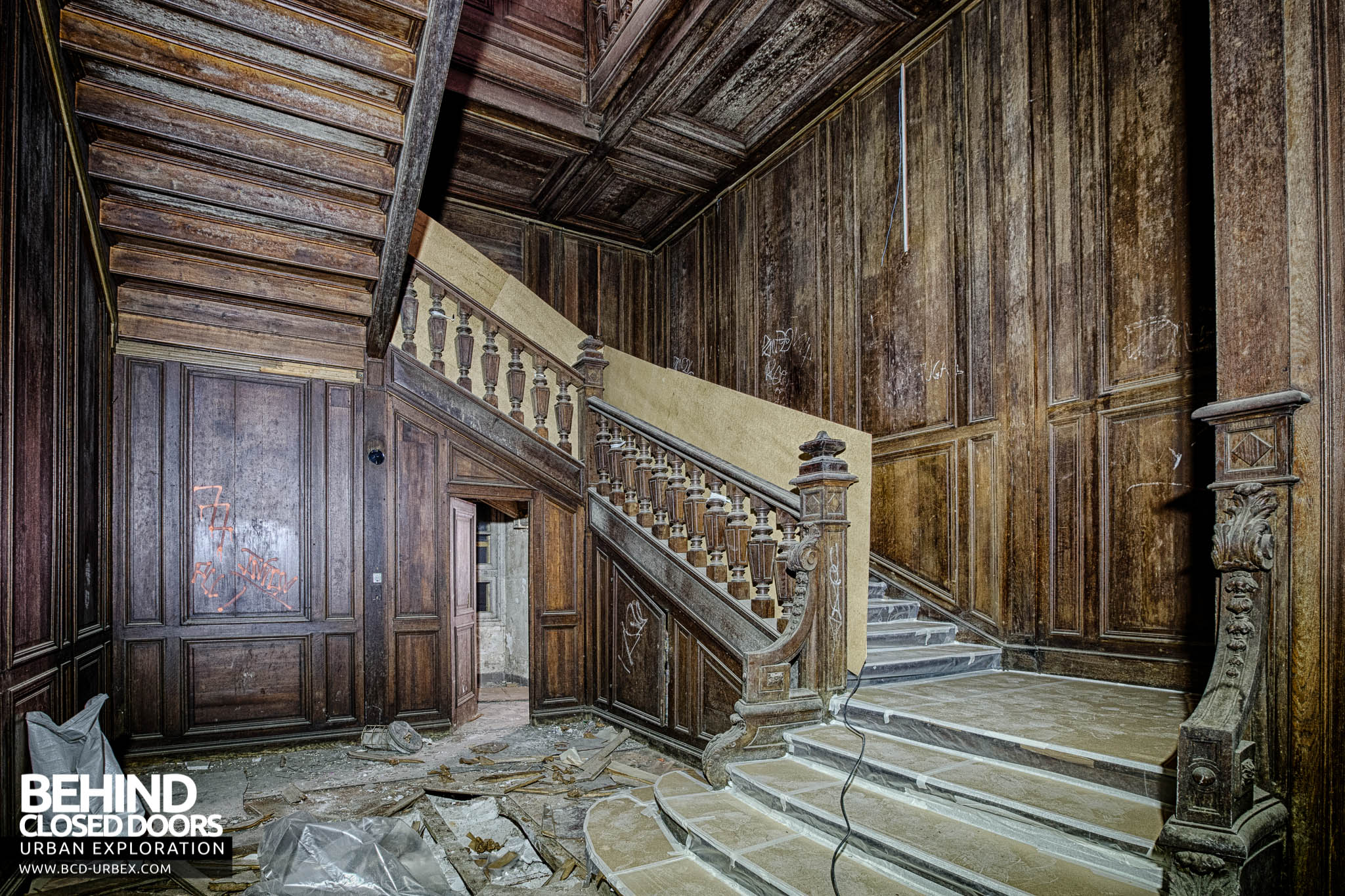 Chateau De Carnelle  U2013 Staircase Leading To Second Floor