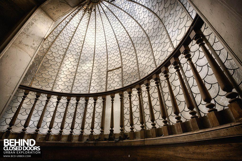 Château des Faisans - Dome arch detail