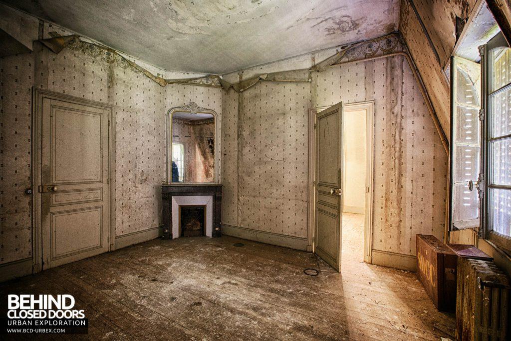 Château des Faisans - One of the bedrooms