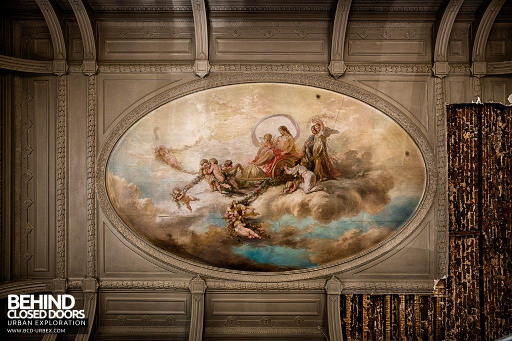 Alla Italia, Belgium - Ceiling mural in another room