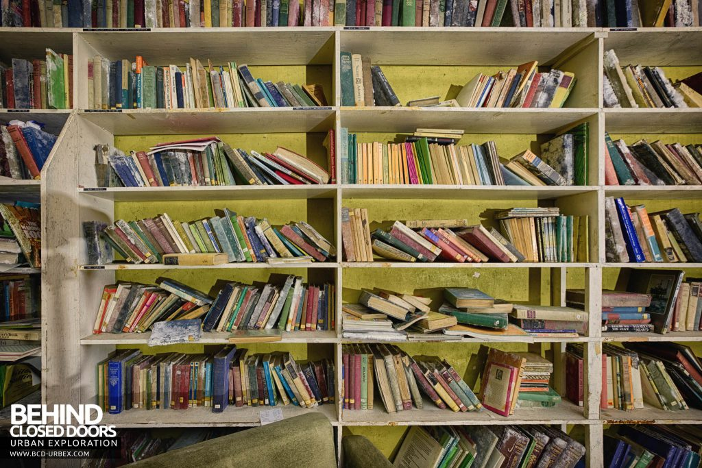 Crookham Court - Books on the shelves