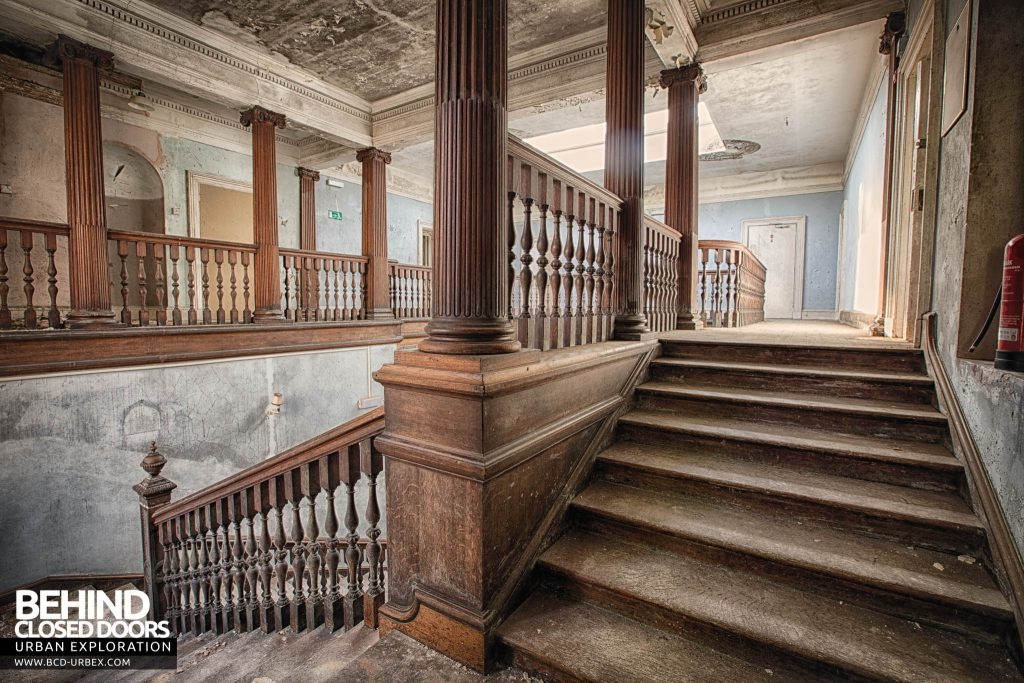 Crookham Court - On the staircase