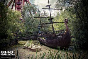 Spreepark Theme Park - Boat rides