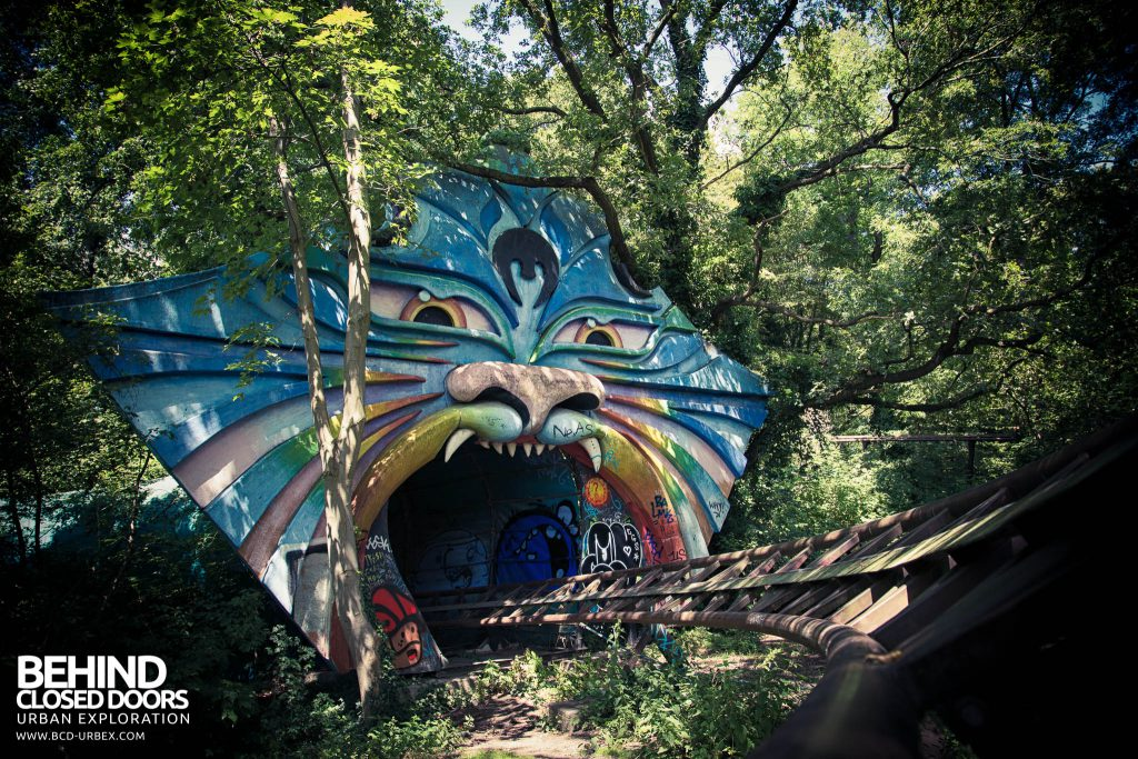 Spreepark Theme Park - Roller coaster through big cat mouth