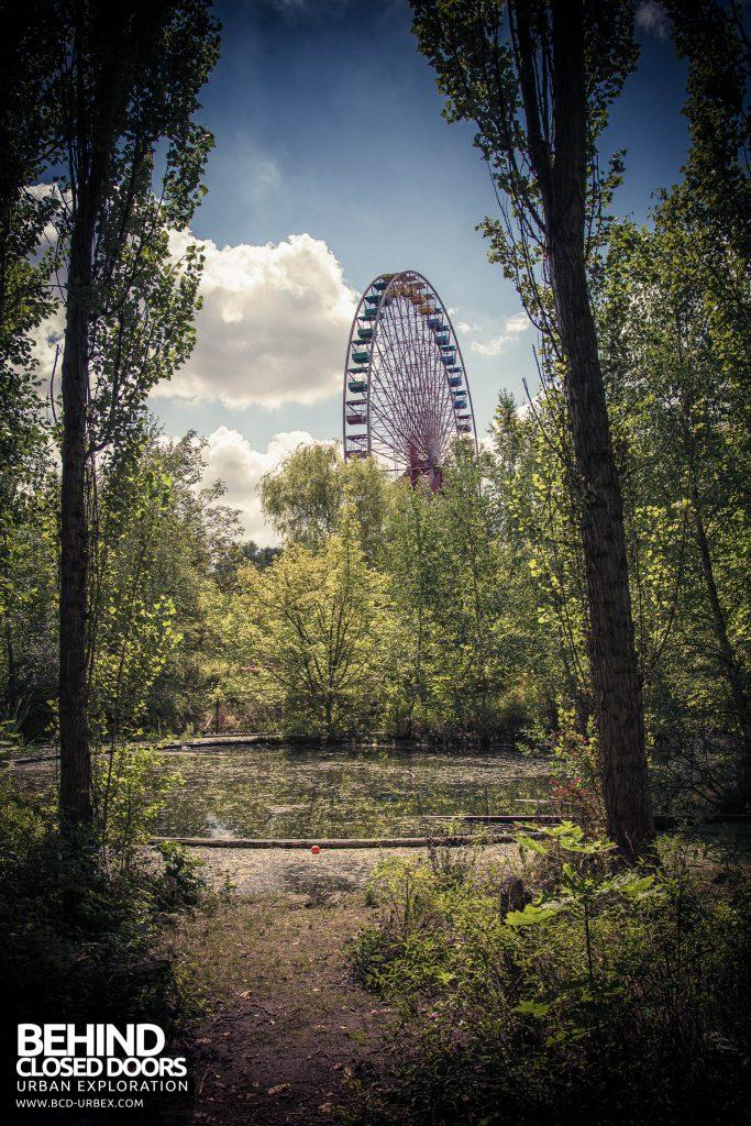 Spreepark Theme Park - Ferris wheel