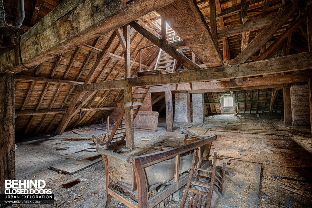 Chateau de la Chapelle - The attic