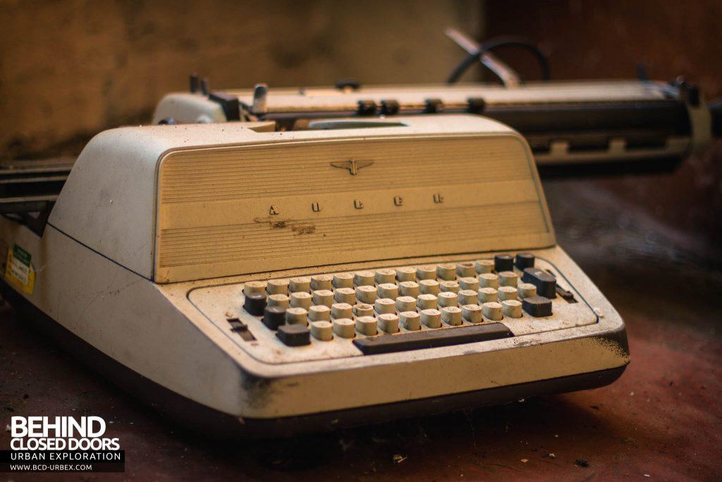 Globe Worsted Mills - Adler Typewriter